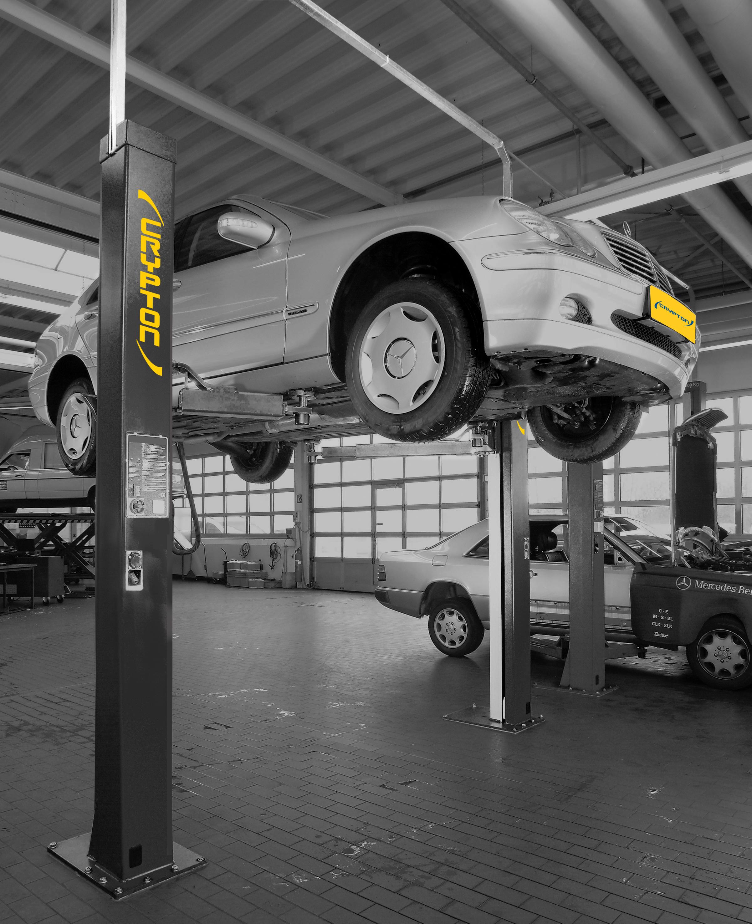 Car lift for home mechanic
